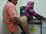 Amateur Arab Daddy Fucks Young Arab Mommy